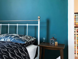 Home decorators in Plumstead, London Paintforme Classic style bedroom Turquoise