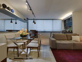 Comedores de estilo  por Emmanuelle Eduardo Arquitetura e Interiores, Moderno