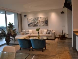 Casa Gaviria:  de estilo  por Visual Arquitectos,