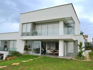 Casa Gaviria de Visual Arquitectos Moderno
