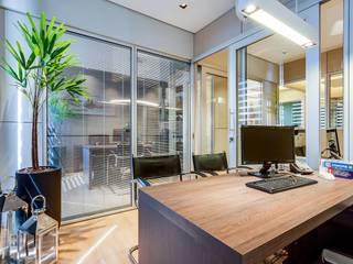 Ruang Komersial Modern Oleh Adriane Cequinel Varella Arquitetura Modern
