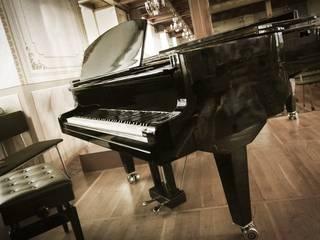 BRAND NEW - STEINHOVEN SG148 - HIGH GLOSS BLACK BABY GRAND PIANO! de Self Playing Piano Moderno