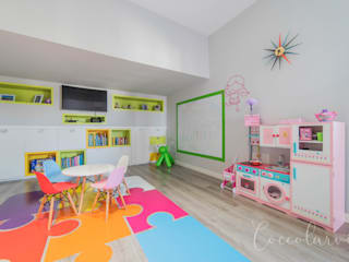 Vivienda Unifamiliar: Salas multimedia de estilo  de Coccolarvi