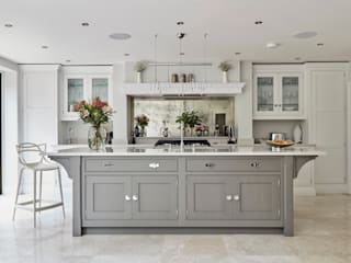 Tom Howley Kitchen Splashback: classic  by Rough Old Glass, Classic
