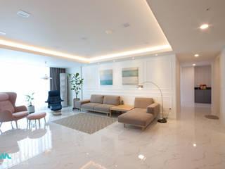 전주 신시가지 아이파크 아파트 인테리어: 디자인투플라이의  거실