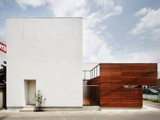 *studio LOOP 建築設計事務所 Casas de estilo moderno