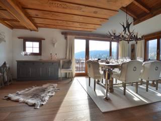 von Select Living Interiors