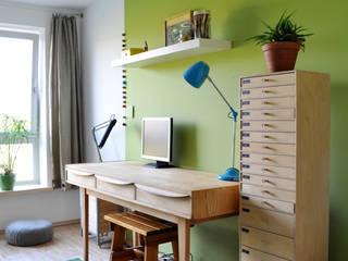 Privates Arbeitszimmer in Berlin-Friedrichshain Moderne Arbeitszimmer von Juliane Kopelent Interiordesign Modern