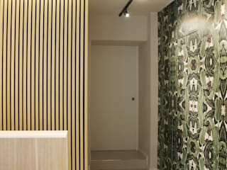 L' ALTERNATIVA ESTETICA BEAUTY & CARE ALMA DESIGN Ingresso, Corridoio & Scale in stile moderno