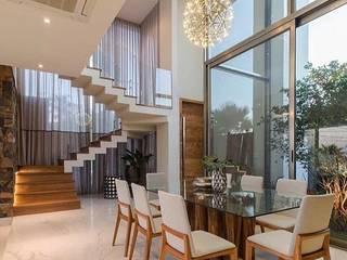 Residencia L/M Salas de jantar modernas por AeC Arquitetura e Design Moderno