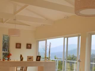 Casa FR: Condomínios  por Patricia Abreu arquitetura e design de interiores,