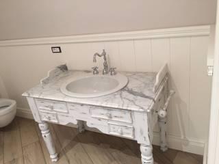 Falegnameria su misura BathroomStorage Kayu Beige