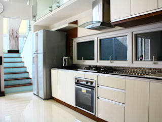 Kabinet Dapur:  Kitchen by Exxo interior