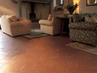 Handcrafted terracotta: product of passion - handcrafted terracotta floor tiling:  Congrescentra door Terrecotte Europe, Mediterraan