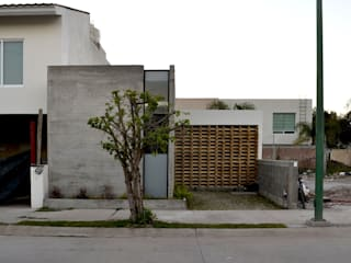 CUBO ROJO Arquitectura Modern houses