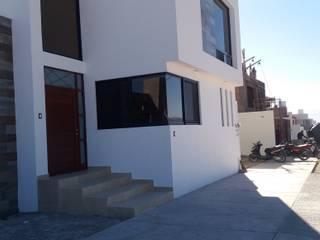 #construccion#residencial#villamagna#slp: Casas unifamiliares de estilo  por INOVA