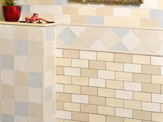 Antik Crackle:  Badezimmer von KerBin GbR   Fliesen  Naturstein  Mosaik