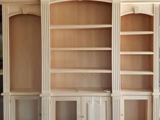 Falegnameria su misura Living roomCupboards & sideboards Parket