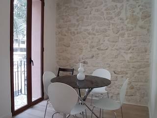 Ruang Makan Modern Oleh SANDRA DE VENA, ARQUITECTURA Y CONSTRUCCION Modern