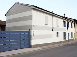 Modern home by atelier architettura Modern