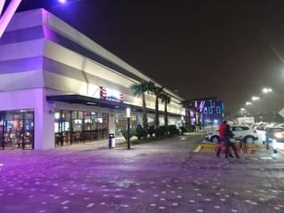 Centro comercial Aventa: Centros Comerciales de estilo  por OLA.- office of ludic architecture