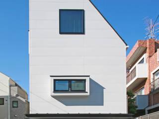 設計事務所アーキプレイス Casas estilo moderno: ideas, arquitectura e imágenes Vidrio Multicolor