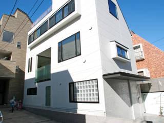 設計事務所アーキプレイス Casas estilo moderno: ideas, arquitectura e imágenes Blanco