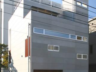 設計事務所アーキプレイス Casas de estilo industrial Gris