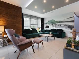 Dom w Margoninie: styl , w kategorii Salon zaprojektowany przez EWEM Aranżacja wnętrz Edyta Wełnicka