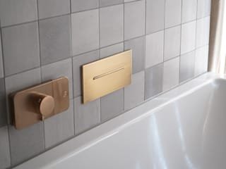 Minimalistyczna łazienka od Helm Design by Helm Einrichtung GmbH Minimalistyczny