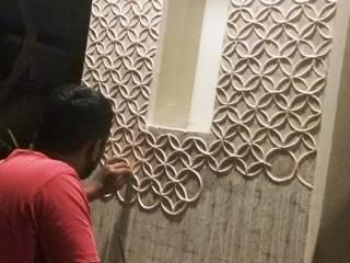 mud mirror work Mud And Mirror Wall Art, Lippan Work Wall Art, Mud Work Art, Mud Work Wall Decor, Mud Mirror Paintings and Mud Wall Paintings from Ahmadabad, Gujarat India.: modern  by Inside Out Interior ,Modern