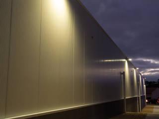PE. Projectos de Engenharia, LDa Industrial style offices & stores