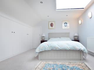 Fernlea Road. Classic style bedroom by Zebra Property Group Classic