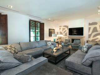 Hogar : Salones de estilo  de Holger Stewen Interior Design S.L.