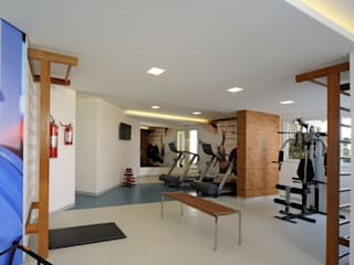 Aline Dinis Arquitetura de Interiores Modern Gym Wood Blue