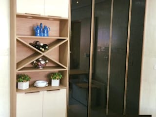 Aline Dinis Arquitetura de Interiores Kitchen units Wood Black