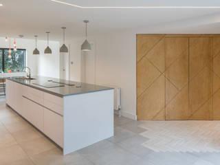 Branksome Woods Modern kitchen by Footprint Architects Ltd Modern