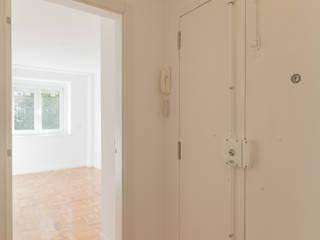 Remodelação de apartamento RSC.288.2E.CampoOurique.2017:   por dngdr arquitetura