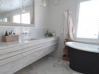 A Chiswick Project with Katherine Brown Plantation Shutters Ltd Kamar Mandi Modern Kayu White