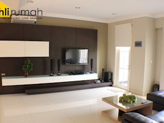 Living room by ahlirumah.id,