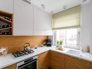 Kuchnia z charakterem: styl , w kategorii Kuchnia zaprojektowany przez IDeALS | interior design and living store