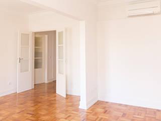 Remodelação Apartamento RSC.288.4DT.Campo de Ourique.2017:   por dngdr arquitetura