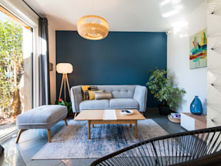 Nouvel intérieur pour une villa gardoise: Salon de style  par Kty.L Décoratrice d'intérieur UFDI