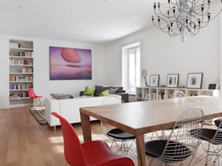 AM Family Flat Modern Dining Room by Filippo Colombetti, Architetto Modern