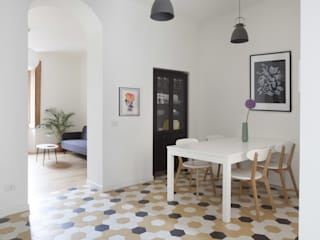 No.Lo. Flat Scandinavian style dining room by Filippo Colombetti, Architetto Scandinavian