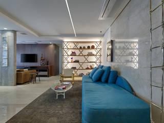 Living room by Luiz Henrique Ribeiro arquitetura e design de interiores, Modern