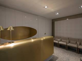 Кабинеты врачей в . Автор – Luiz Henrique Ribeiro arquitetura e design de interiores, Модерн
