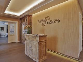 Espaços de restauração  por Студия дизайна Дмитрия Артемьева 'Prosto Design'