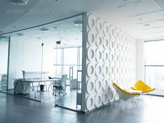 Paredes y suelos de estilo moderno de Zстекло Moderno