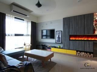 Living room by 勁懷設計, Modern